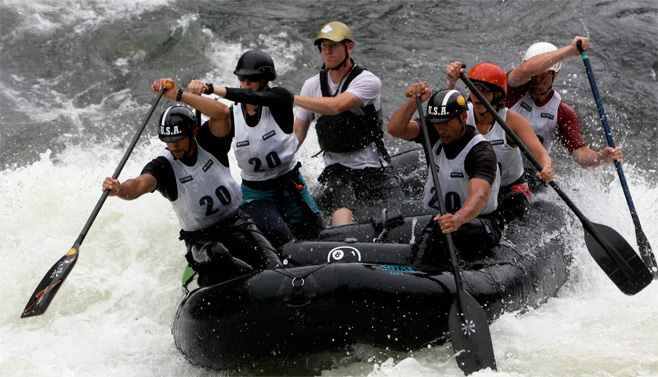 raft-race-team.jpg